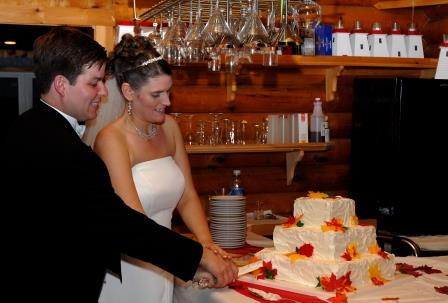 BRIER ISLAND LODGE WEDDING NOVA SCOTIA CAKE