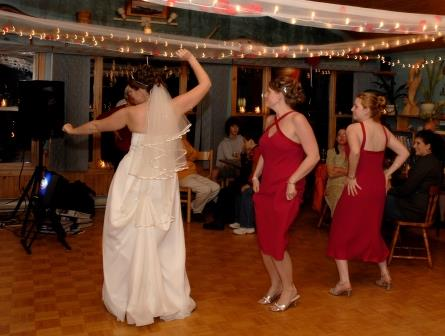 BRIER ISLAND LODGE WEDDING NOVA SCOTIA dance